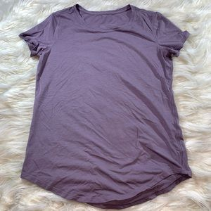 LULULEMON. Short sleeve T shirt